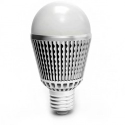 Ampoule sphérique E27 Efficiency-LED 6 Watts
